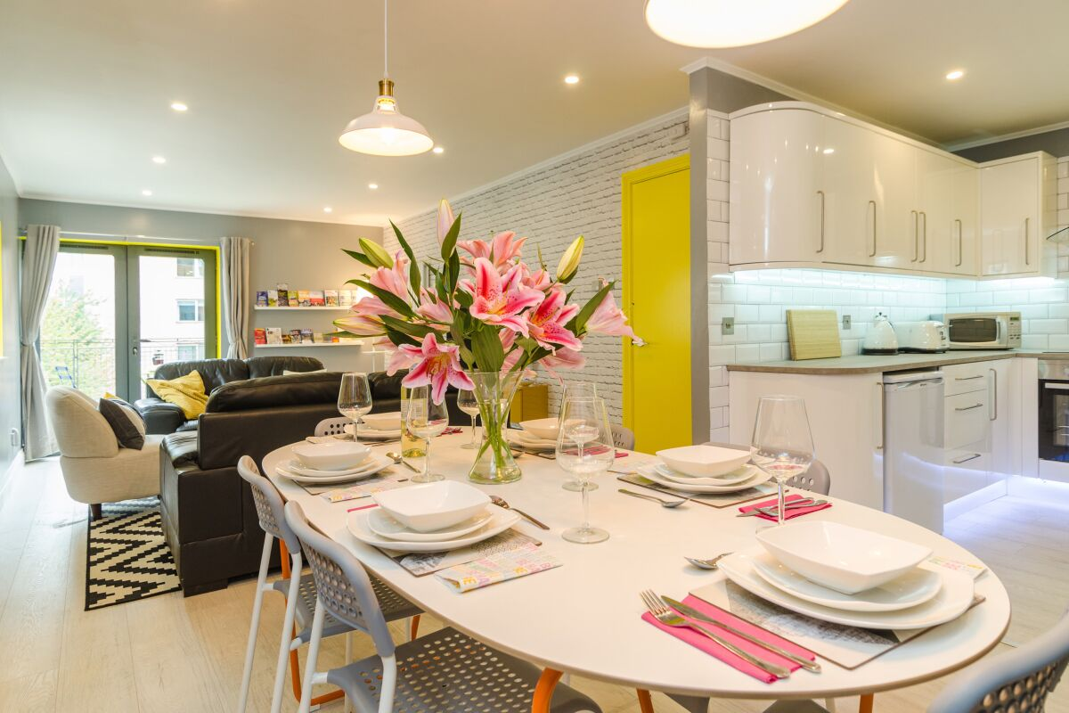 Dining Area, Citygate Serviced Apartments, Belfast