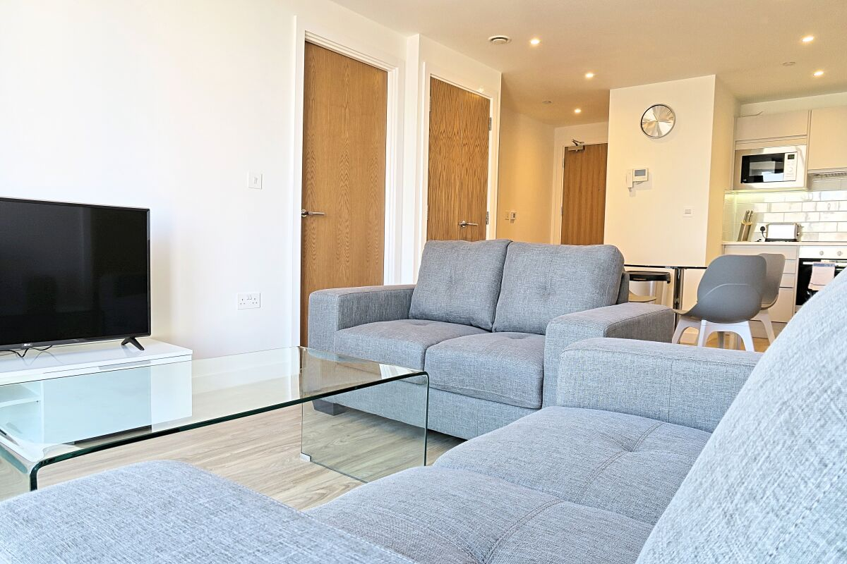 Living Room, Quay Serviced Apartments in Manchester