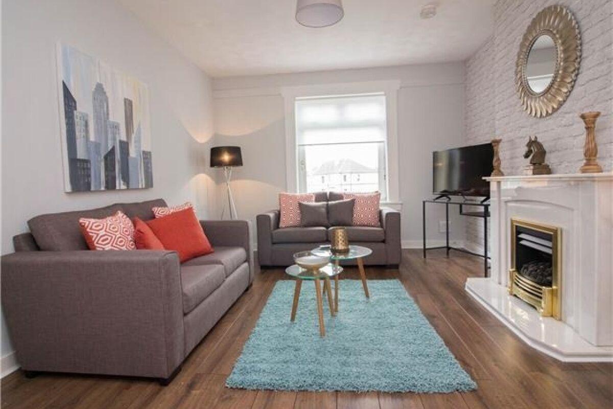 Living Area, Elderpark View Serviced Apartment, Glasgow