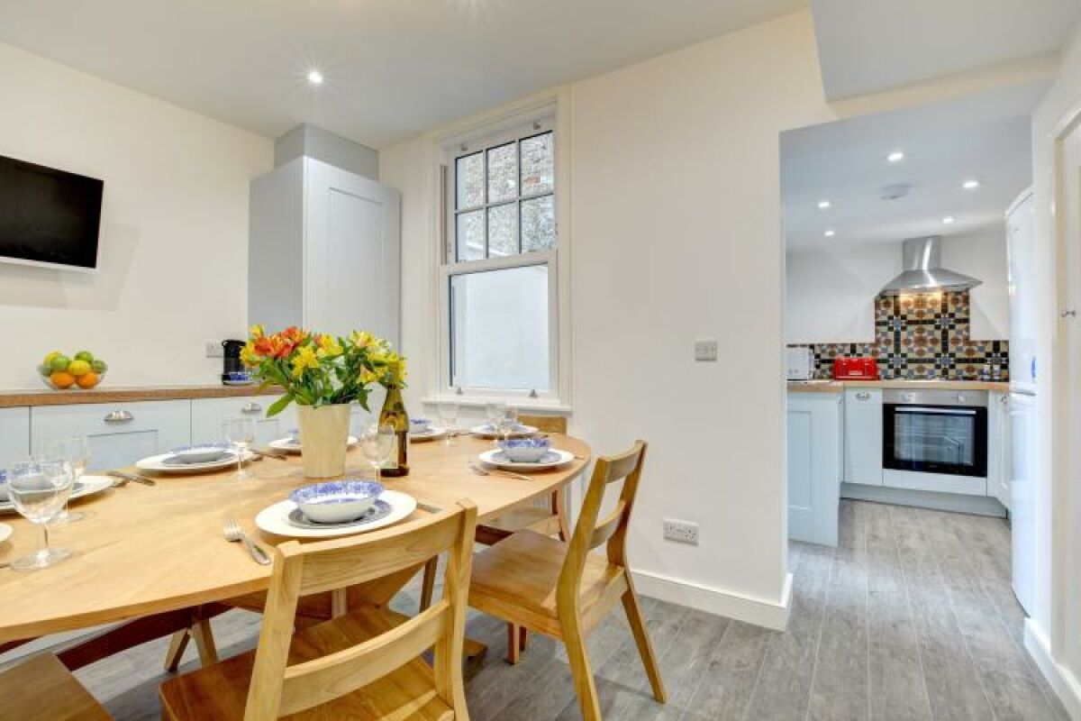 Dining Area, Castle Cottage Serviced Accommodation, Brighton