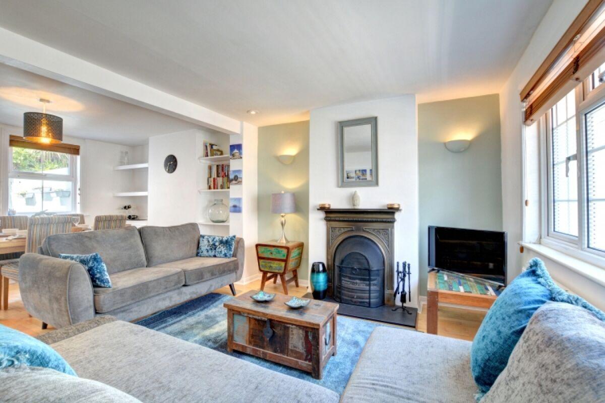 Living Area, Cheltenham Cottage Serviced Accommodation, Brighton