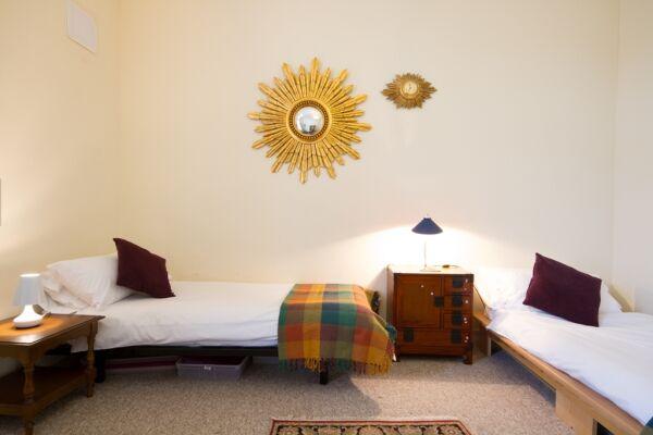 Bedroom, Kent House Serviced Accommodation, Eastbourne