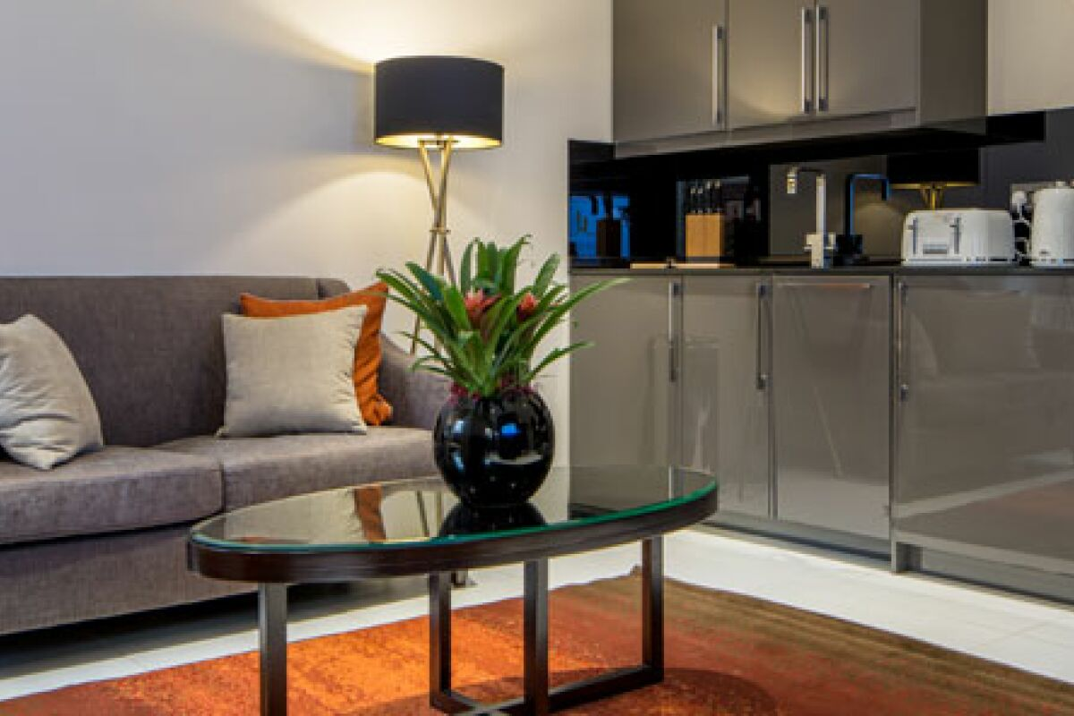 Headrow Serviced Apartments in Leeds, Kitchen