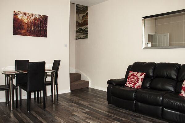 Living and Dining Area, Jersey Lodge Serviced Accommodation, Swansea
