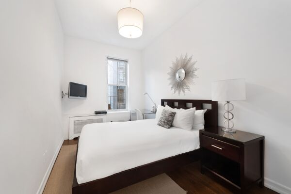 Bedroom, 231 West 15th Street Serviced Apartments, New York