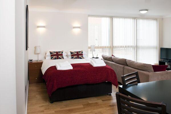 Bedroom, Byron House Serviced Apartments, Cambridge