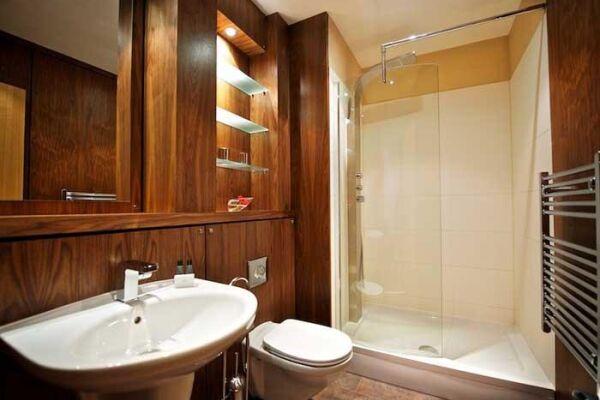 Bathroom, Springside Serviced Apartments, Edinburgh