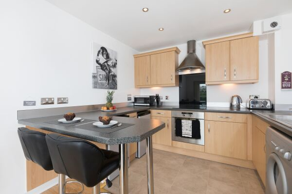 Kitchen and Dining Area, Liberty View Serviced Apartment, Swansea