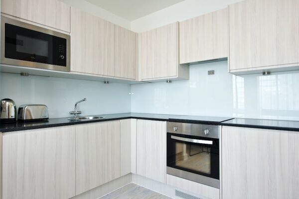 Kitchen, Piccadilly House Serviced Apartments in Manchester