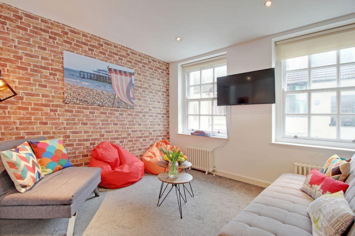Living Area, Majestic Mews Serviced Apartment, Brighton