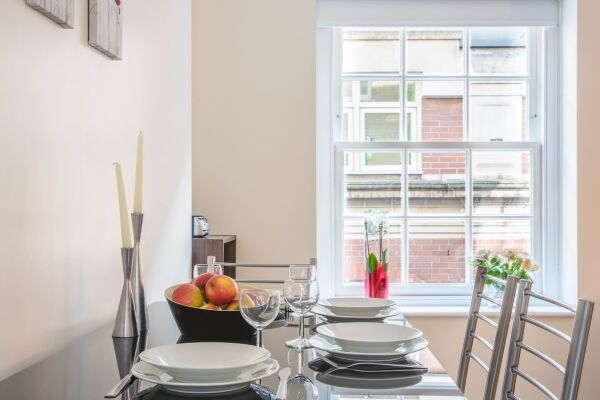 Dining Area, Artillery Lane Serviced Apartments, The City of London
