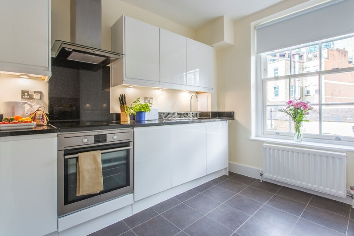 Kitchen, Artillery Lane Serviced Apartments, The City of London