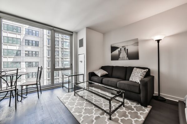 Living Area, Marquee Serviced Apartments, Chicago